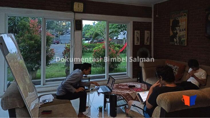 Dokumentasi Bimbel Salman 2020 (26)
